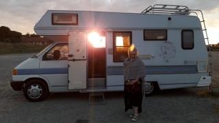 VW T4 Cree motorhome with sun shining through window