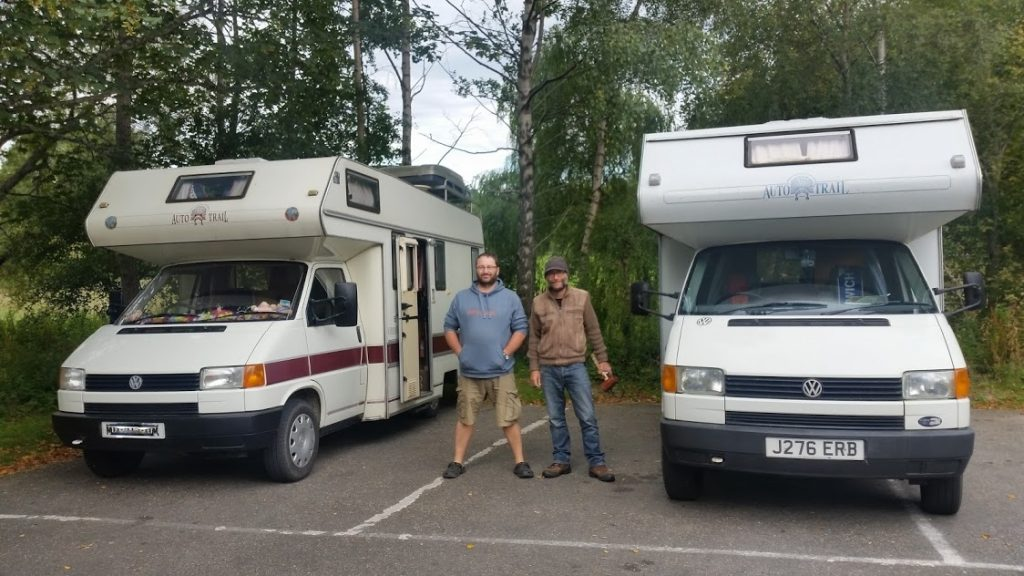 Two old motorhomes (and motorhomers!) in Scotland
