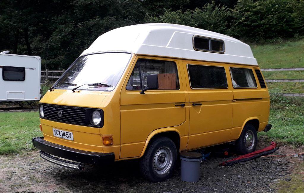 yellow VW T3 campervan