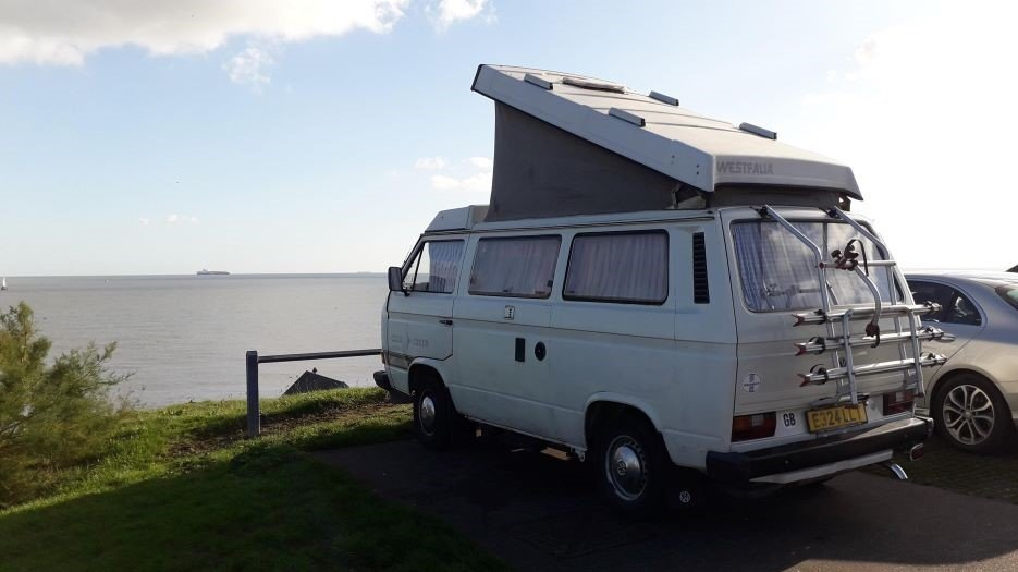white VW T3 overlooking sea at Old Felixstowe